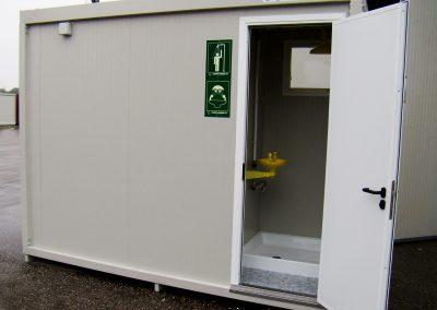 Container con doccia d'emergenza e lava occhi