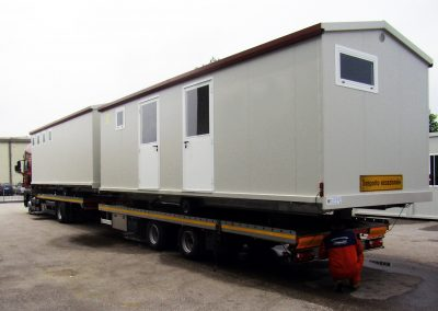 2units Mobile home during transport
